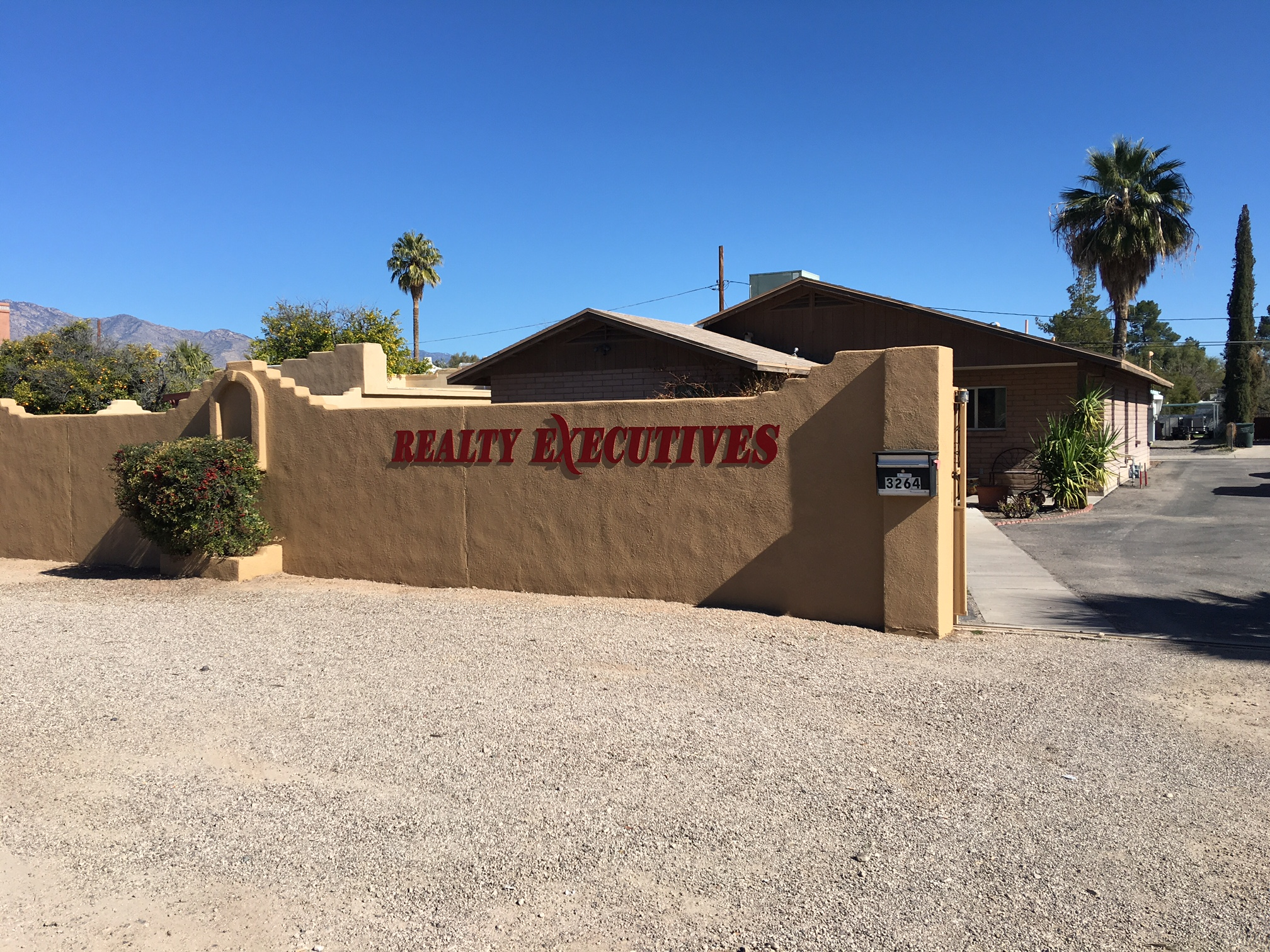 Realty Executives Tucson Elite (Country Club)