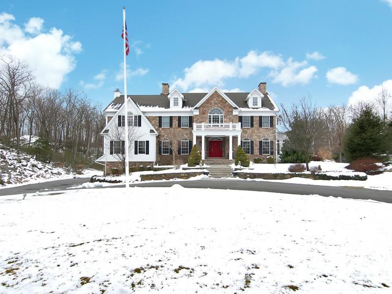 Luxury Home in West Milford NJ