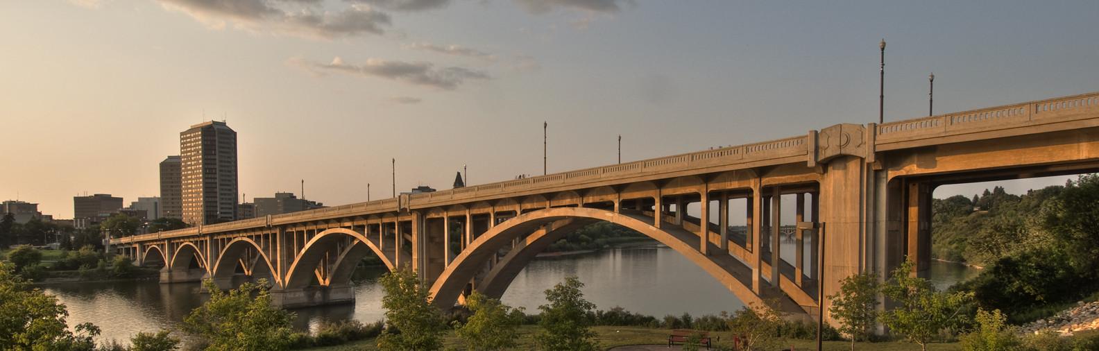Broadway Bridge - photo by Nick Weinrauch