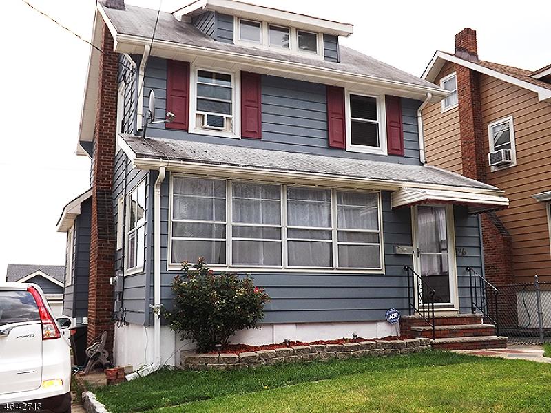 3 Bedroom Home For Rent in Belleville