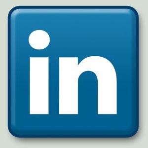 https://www.linkedin.com/profile/view?id=90893039&trk=hp-identity-name